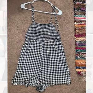 urban outfitters gingham romper